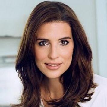 <b>Elena Uhlig</b> - q-uhlig-elena-140afaa7